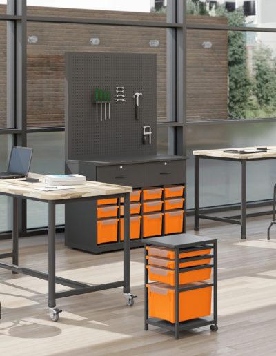 Imagem de laboratório maker com móveis Metadil.